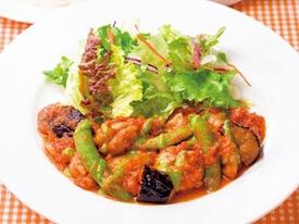 チキンと野菜のトマトソースランチ