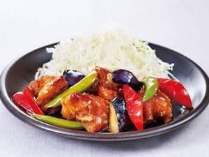 若鶏と彩り野菜の黒酢あん