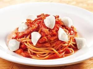 トマトソーススパゲティ モッツァレラチーズトッピング